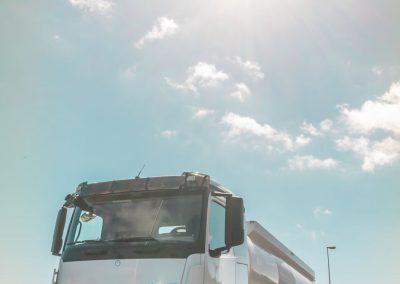 gal_camion_vertical_combustibles_en_ruta