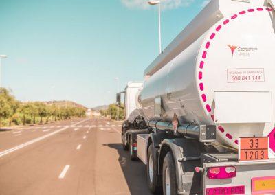 gal_cisterna_completa_combustibles_en_ruta
